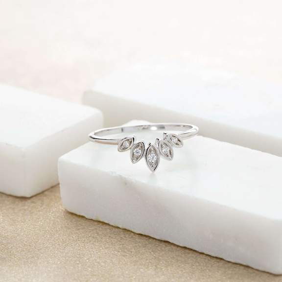 ring-sparkling-five-petal-ring-4_576x576